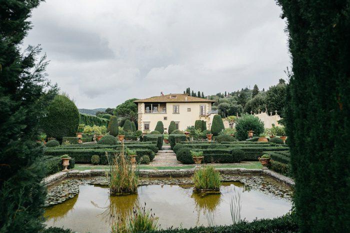 breathtaking-florence-destination-wedding-at-villa-gamberaia-stefano-santucci-1-700x467