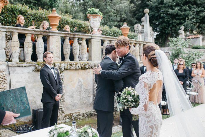 breathtaking-florence-destination-wedding-at-villa-gamberaia-stefano-santucci-28-700x467