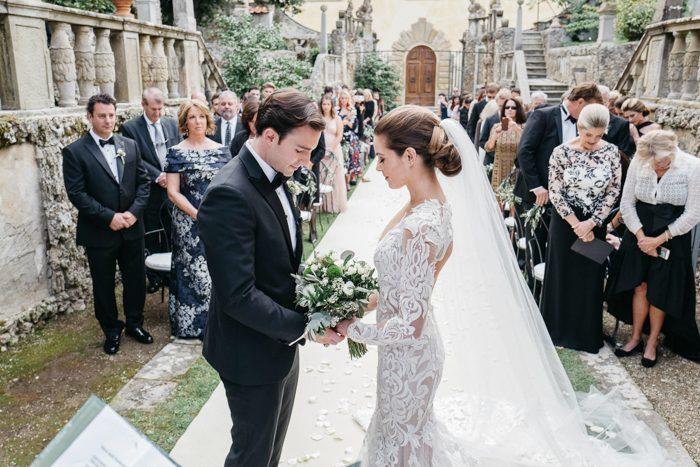 breathtaking-florence-destination-wedding-at-villa-gamberaia-stefano-santucci-29-700x467