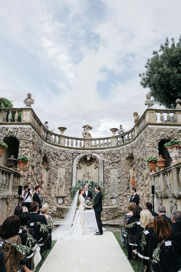 breathtaking-florence-destination-wedding-at-villa-gamberaia-stefano-santucci-31-700x1050