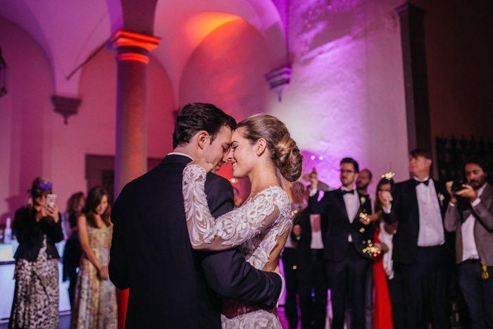breathtaking-florence-destination-wedding-at-villa-gamberaia-stefano-santucci-70-700x467